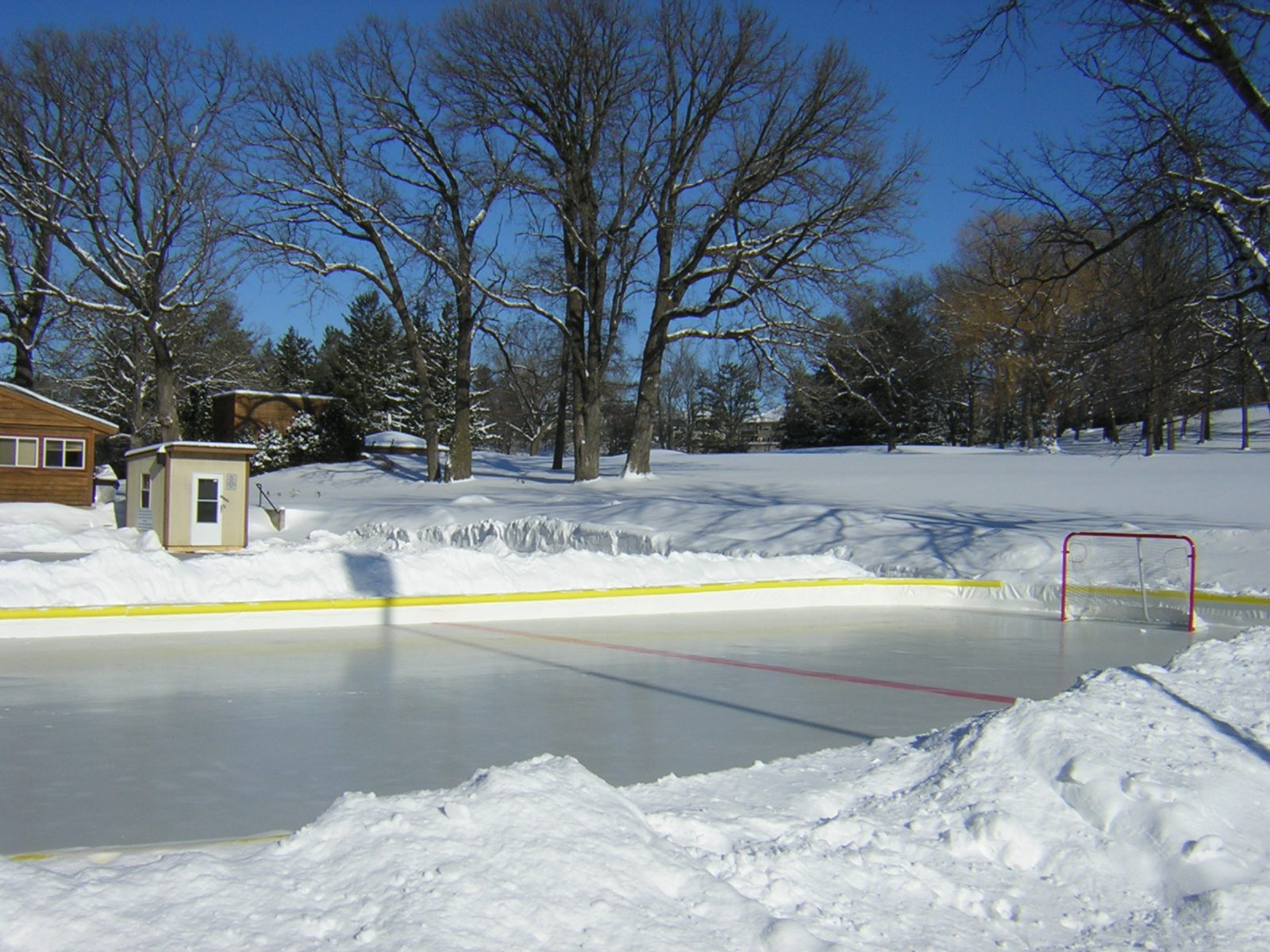 minnesota winter u003d backyard rinks u2013 out of bounds